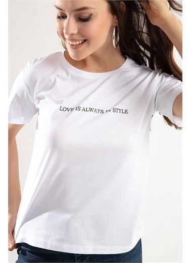 Pattaya Pattaya Kadın Love is Always Baskılı Semi Fİtted Kalıp Tişört Tişört PTTY20S-4222 Renkli